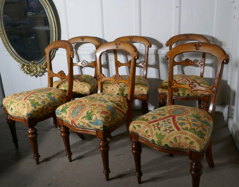 Arts and Crafts Set of 6 Arts & Crafts Gothic Golden Oak Dining Chairs For Sale