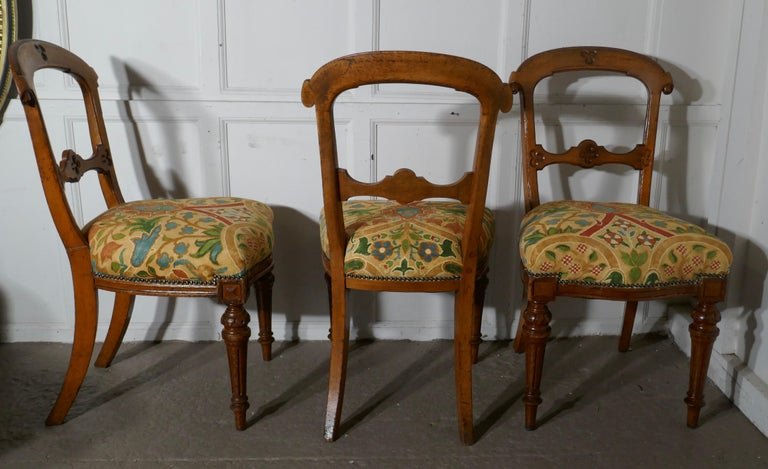 Set of 6 Arts & Crafts Gothic Golden Oak Dining Chairs For Sale 1