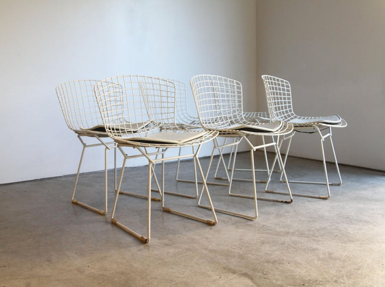 Designer: Harry Bertoia 
