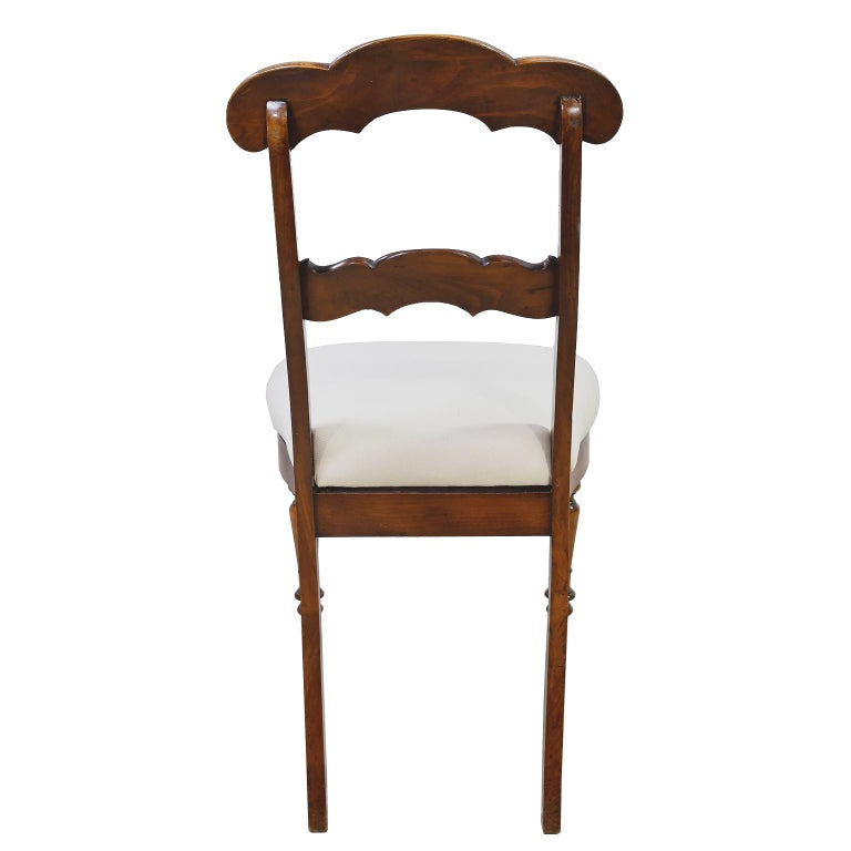 Set of 6 Biedermeier Mahogany Dining Chairs with Upholstered Seat, circa 1830 In Good Condition For Sale In Miami, FL