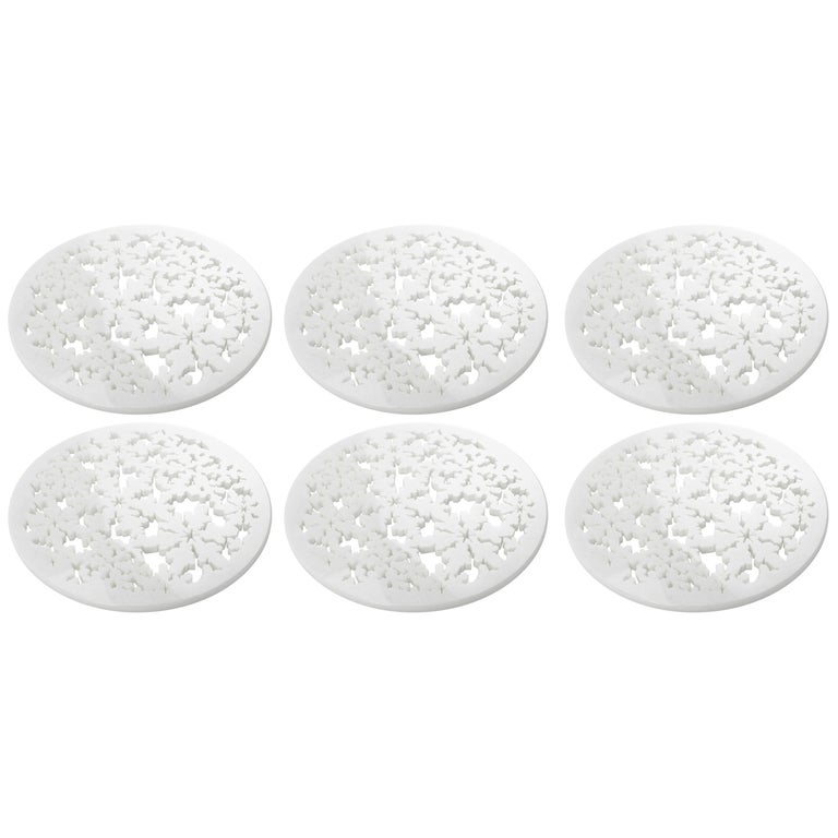 Set of 6 Charger Plate in Absolute Crystalline White Marble Christmas Decoration For Sale