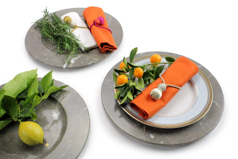 Set of 6 Charger Plates in Imperial Grey Marble Design Pieruga Marble, Italy For Sale 4