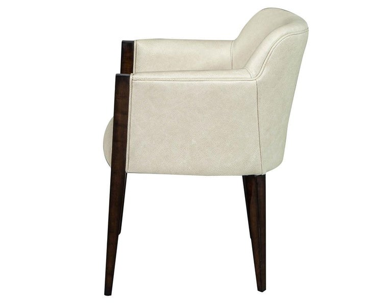 Set of 6 Custom Modern Leather Dining Chairs by Carrocel In New Condition For Sale In North York, ON