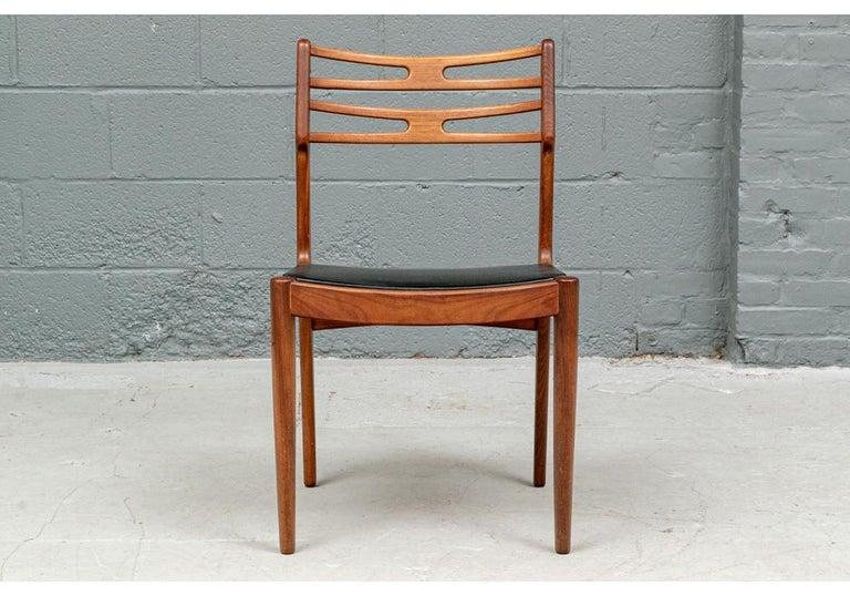 Set of 6 Danish Midcentury Teak Dining Chairs In Good Condition For Sale In Bridgeport, CT