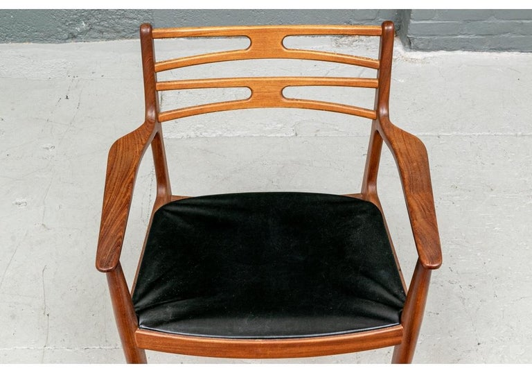 Set of 6 Danish Midcentury Teak Dining Chairs For Sale 3