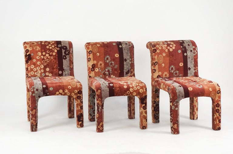 Mid-Century Modern Set of 6 Dining Chairs in Jack Lenor Larsen Upholstery Fabric Midcentury Modern For Sale