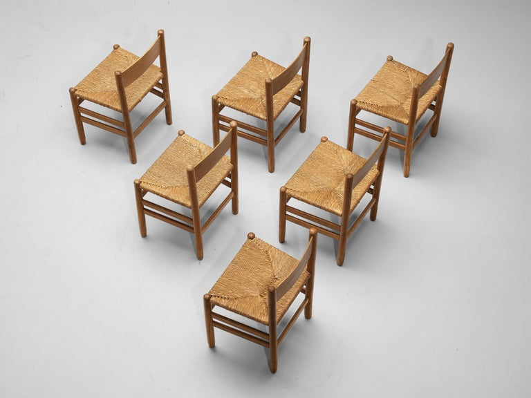 European Set of 6 Dining Chairs in Oak with Rush Seating