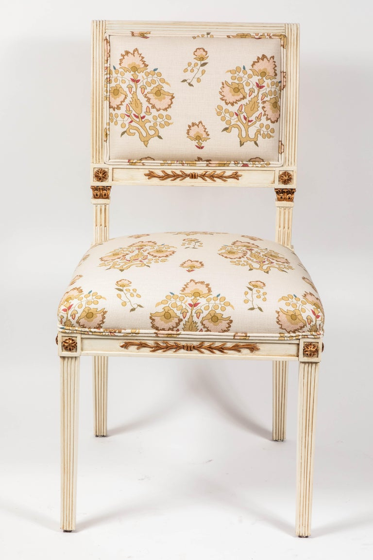 American Set of 6 Dining Chairs Newly Upholstered in Penny Morrison 100% Linen For Sale