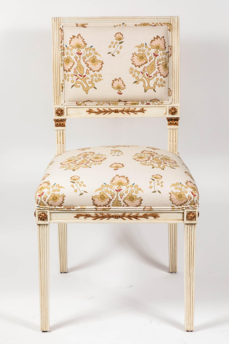 Set of 6 Dining Chairs Newly Upholstered in Penny Morrison 100% Linen In Excellent Condition For Sale In Pasadena, CA