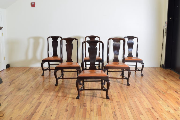 Queen Anne Set of 6 English Mahogany and Leather Upholstered Dining Chairs, circa 1900 For Sale