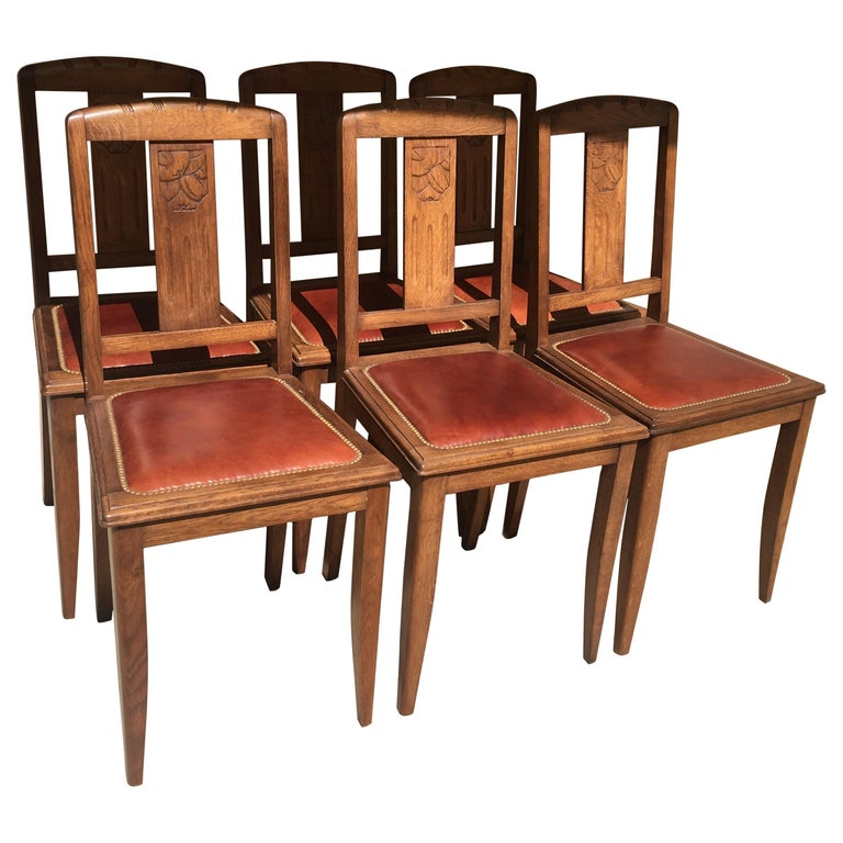 Set of 6 French 1925 Art Deco Oak Dining Chairs with Carved Backs For Sale