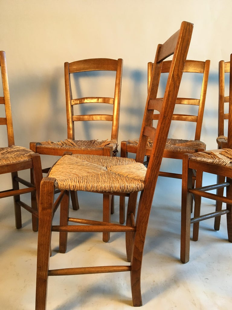 Set of 6 French Country Ladder Back Chairs, Mid-19th Century In Fair Condition For Sale In Doylestown, PA