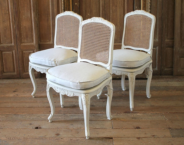Painted Set of 6 French Country Louis XV Style Cane Back Dining Chairs For Sale
