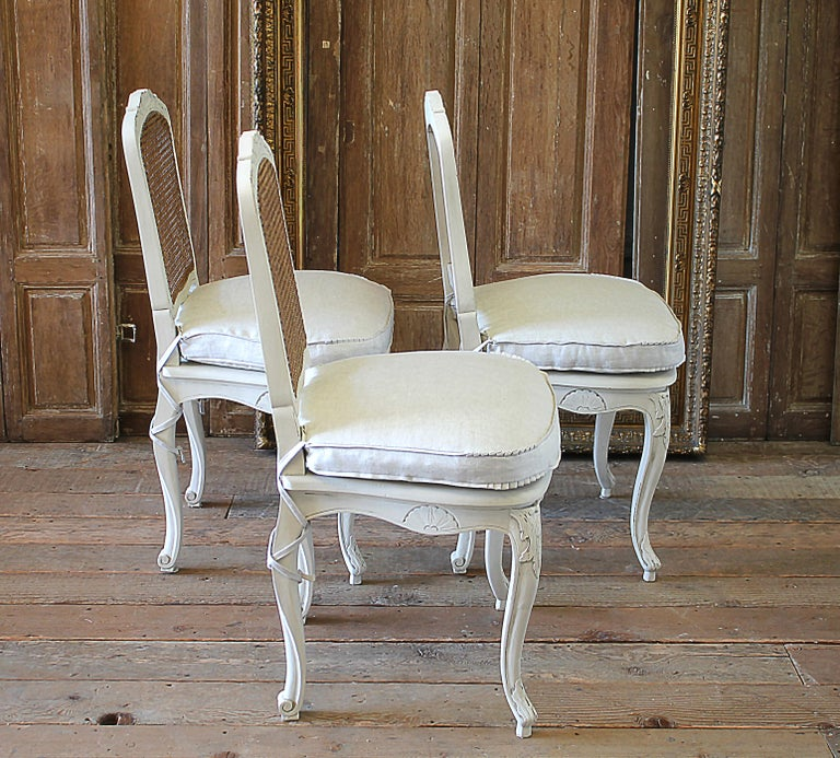 20th Century Set of 6 French Country Louis XV Style Cane Back Dining Chairs For Sale
