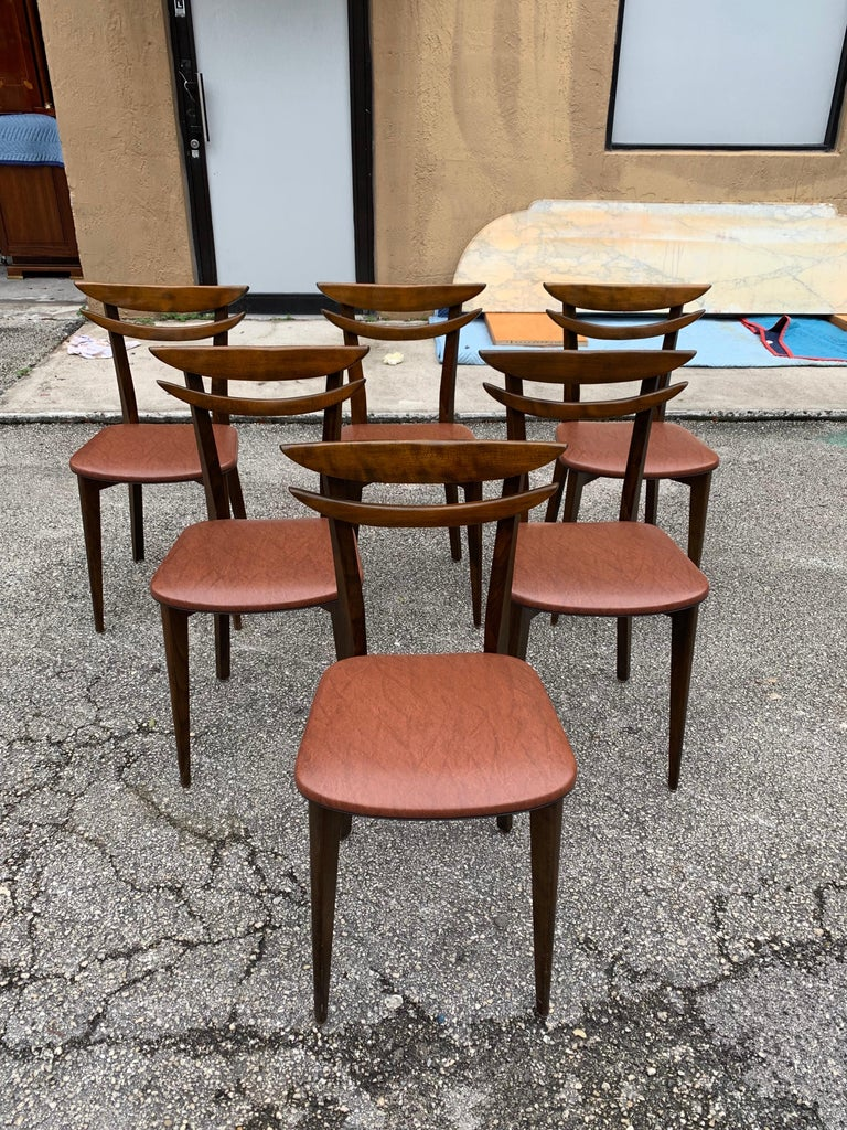 Set of 6 French Vintage Mid-Century Modern Solid Mahogany Dining Chairs, 1950s In Good Condition For Sale In Hialeah, FL