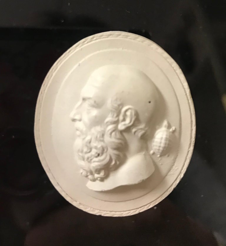 Neoclassical Set of 6 Greco-Roman Plaster Intaglios Medallions For Sale