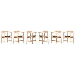 Set of 6 Hans Wegner PP203 Chairs in Oak and Black Leather for PP Møbler
