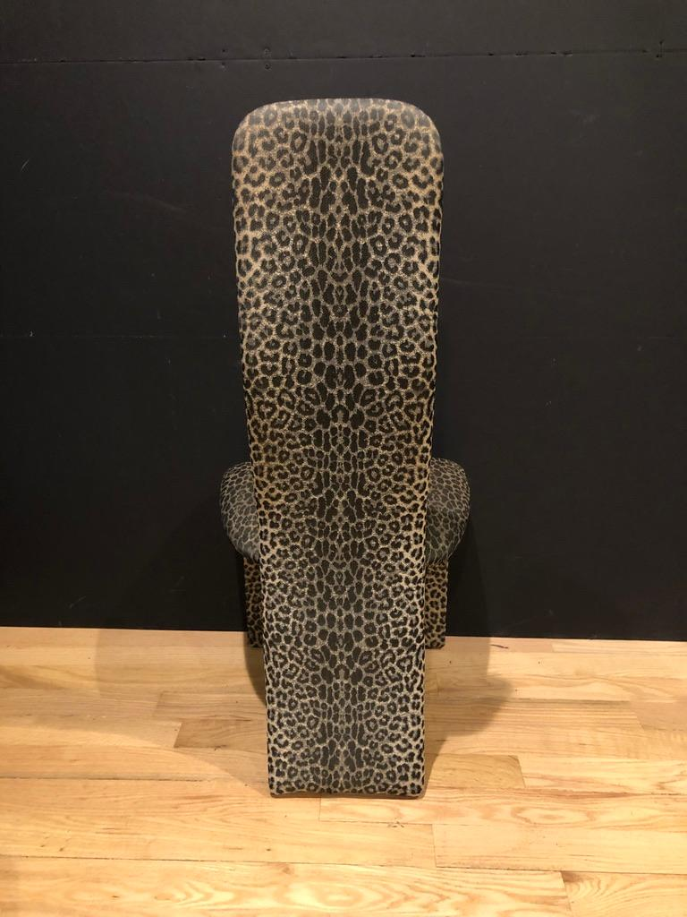 Modern Set of 6 Leopard Print High back Dining Chairs For Sale