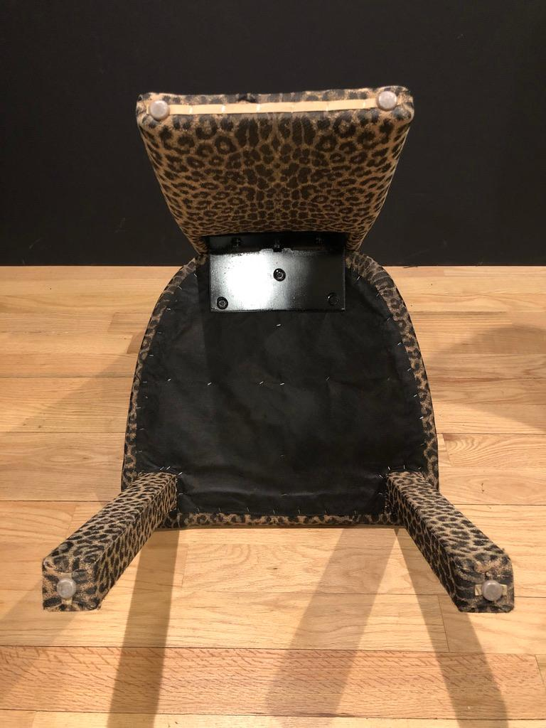 Italian Set of 6 Leopard Print High back Dining Chairs For Sale