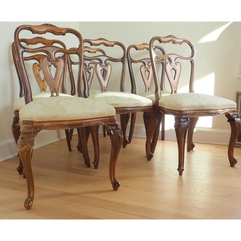 Carved Set of 6 Italian Rococo Dining Room Chairs For Sale