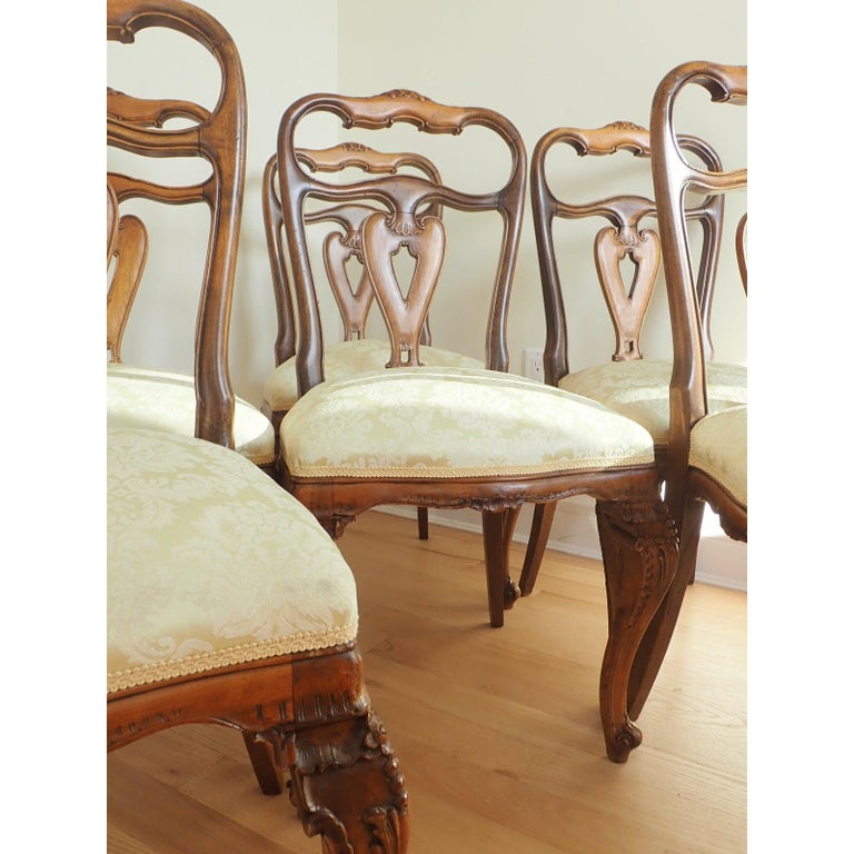 Walnut Set of 6 Italian Rococo Dining Room Chairs For Sale