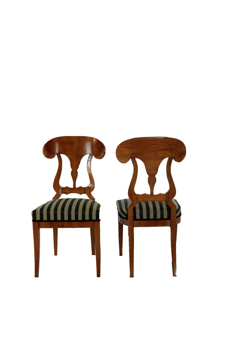 Set of 6 Late Biedermeier Period Chairs, Germany Cherrywood Veneer For Sale 1