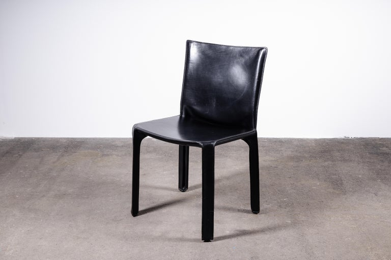 Mid-Century Modern Set of 6 Mario Bellini CAB 412 Chairs in Black Leather for Cassina For Sale