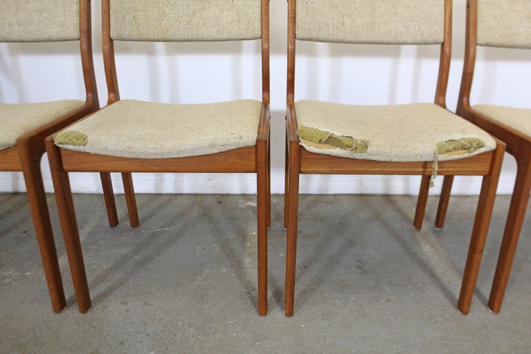 20th Century Set of 6 Midcentury Danish Modern Teak Dining Chairs For Sale