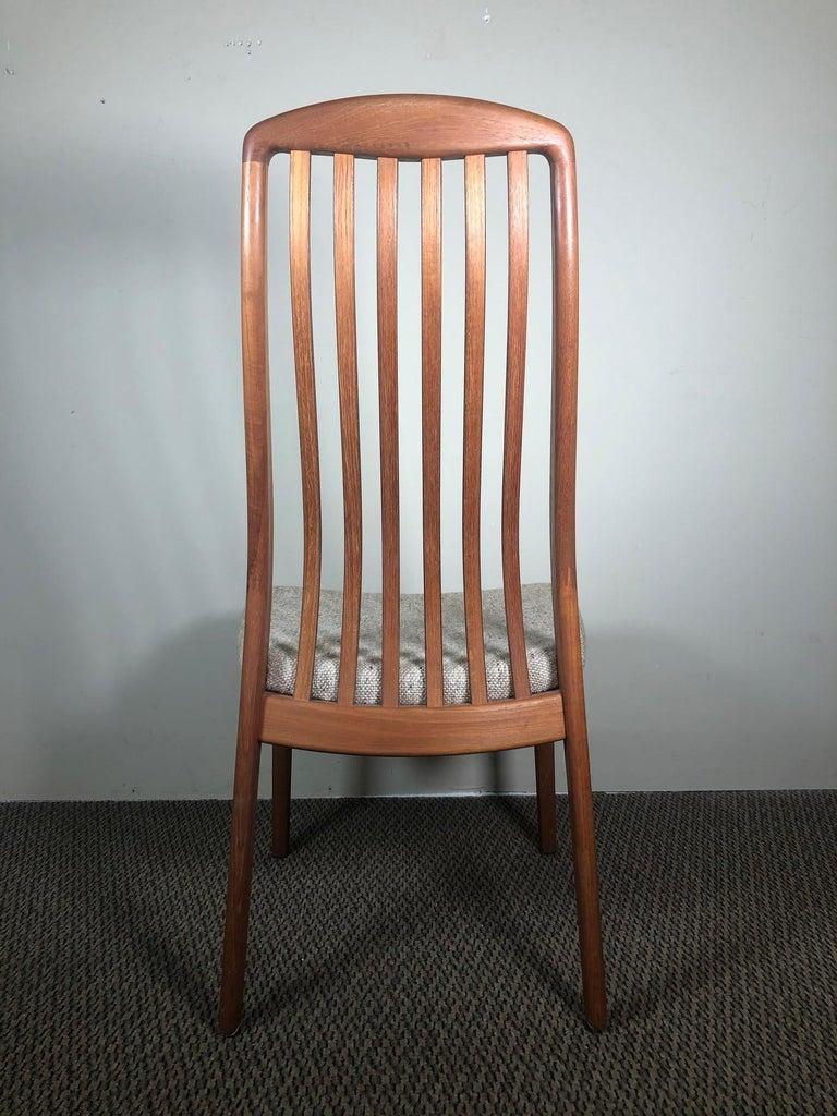 Mid-Century Modern Set of 6 Midcentury Danish Teak Dining Chairs by Dyrlund For Sale