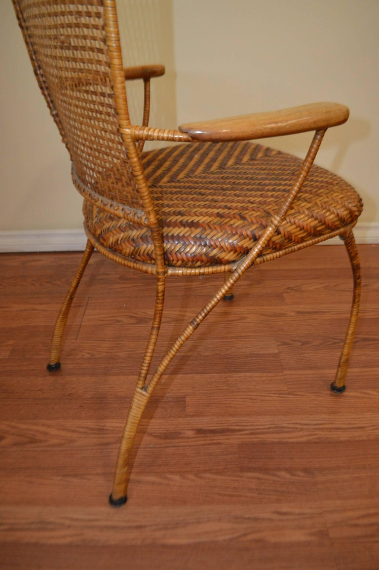 Set of Six Midcentury French Caned Dining Chairs, Four Sides and Two Armchairs In Excellent Condition For Sale In Oakville, ON