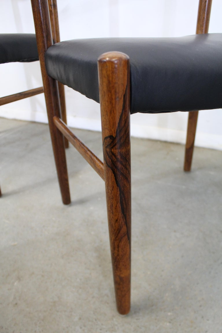 Set of 6 Mid-Century Modern Rosewood and Leather Dining Chairs For Sale 4