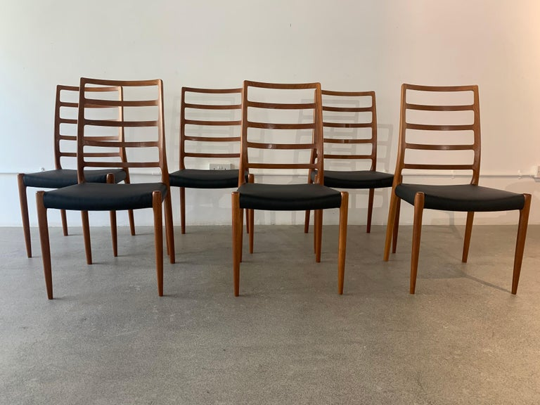 Mid-Century Modern Set of 6 Model 82 Teak and Leather Ladder Back Dining Chairs by Niels O. Møller