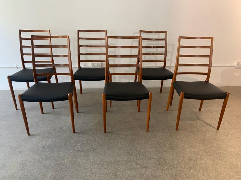 Set of 6 Model 82 Teak and Leather Ladder Back Dining Chairs by Niels O. Møller In Good Condition In London, GB