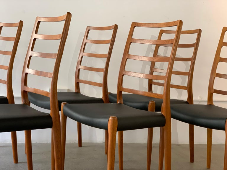 Late 20th Century Set of 6 Model 82 Teak and Leather Ladder Back Dining Chairs by Niels O. Møller