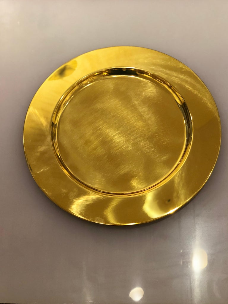 Beautiful set of 6 charger plates new, circa 1970s never used, retains original label 2 sets of six available buyer has the choice to buy one or 2 sets.