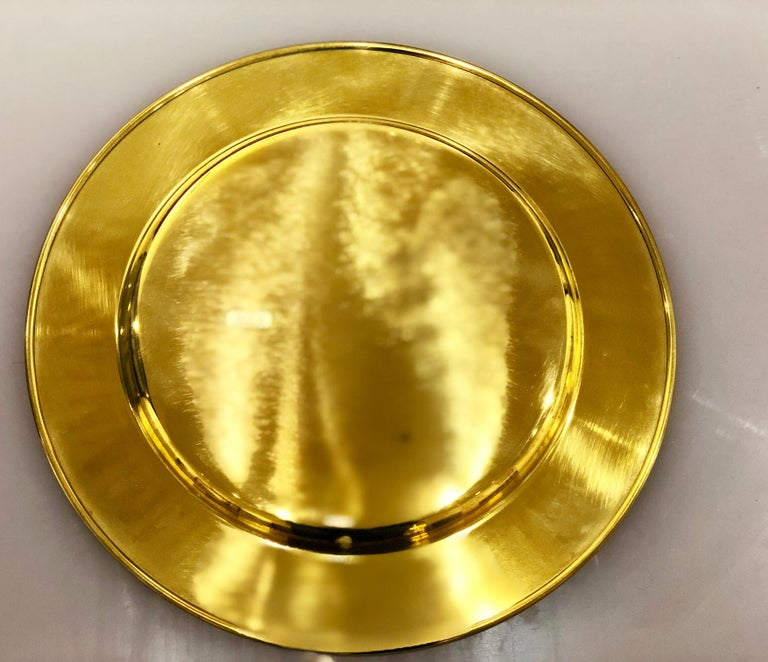 Danish Set of 6 Modern Charger Plates in Brass Made in Denmark For Sale