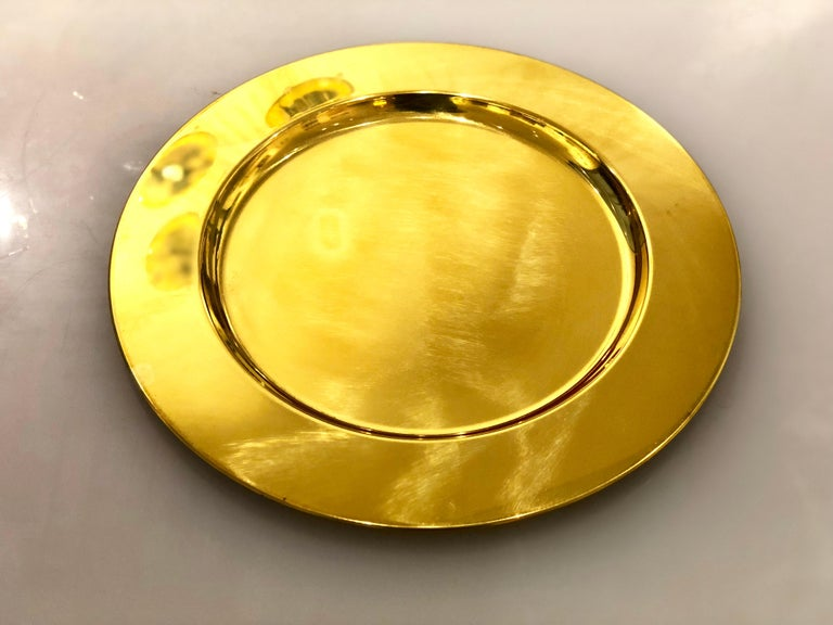 20th Century Set of 6 Modern Charger Plates in Brass Made in Denmark For Sale