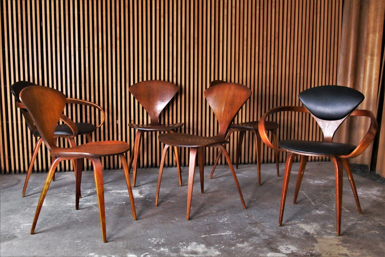 American Set of 6 Norman Cherner for Plycraft Walnut Pretzel Dining Chairs For Sale