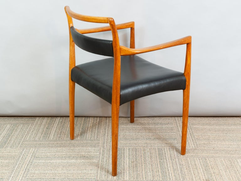 Set of 6 OD70 Kai Kristiansen Teak and Leather Carver Dining Chairs for Oddense For Sale 4