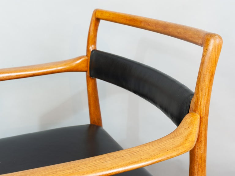 Set of 6 OD70 Kai Kristiansen Teak and Leather Carver Dining Chairs for Oddense For Sale 9