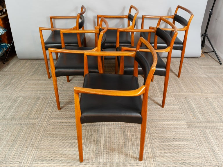 Danish Set of 6 OD70 Kai Kristiansen Teak and Leather Carver Dining Chairs for Oddense For Sale