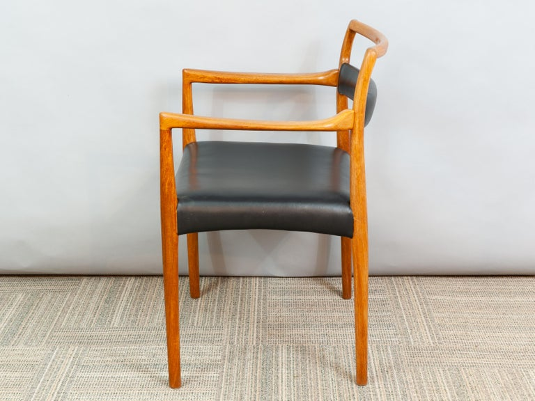 Set of 6 OD70 Kai Kristiansen Teak and Leather Carver Dining Chairs for Oddense For Sale 1