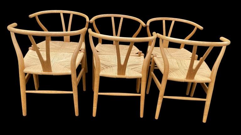 20th Century Set of 6 Original Oak Wishbone Chairs by Hans Wegner for Carl Hanson & Son For Sale