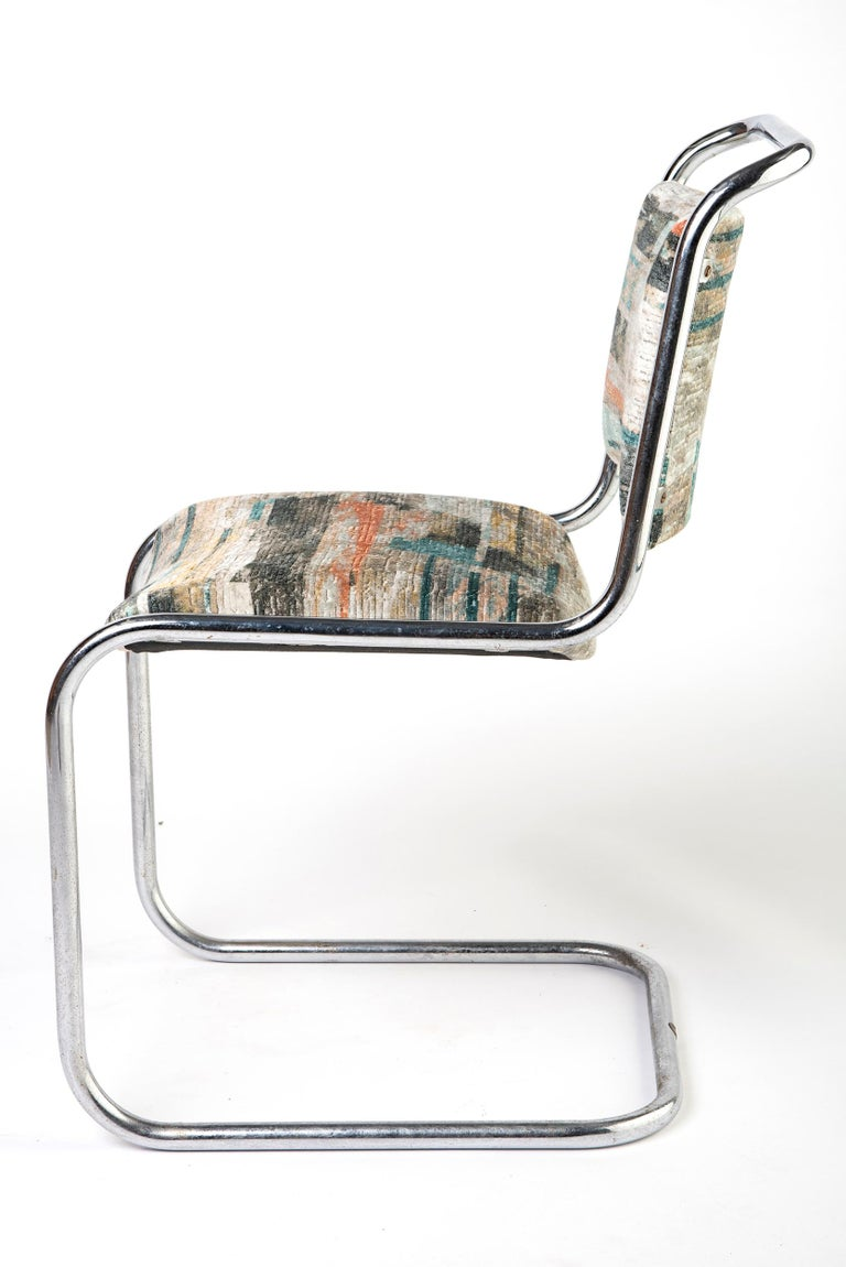 Set of 6 P.E.L (Practical Equipment Limited) British modernist chairs of cantilever form. Designed by the Designer/ Architect Oliver Bernard. Chrome plated tubular steel. England, circa 1931 Measures: 81 cm high x 42 cm wide x 44 cm deep, seat