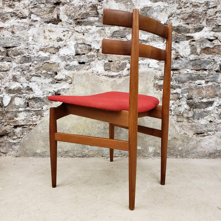 Set of 6 Poul Hundevad Model 30 Danish Teak Dining Chairs In Good Condition For Sale In Hamilton, Ontario