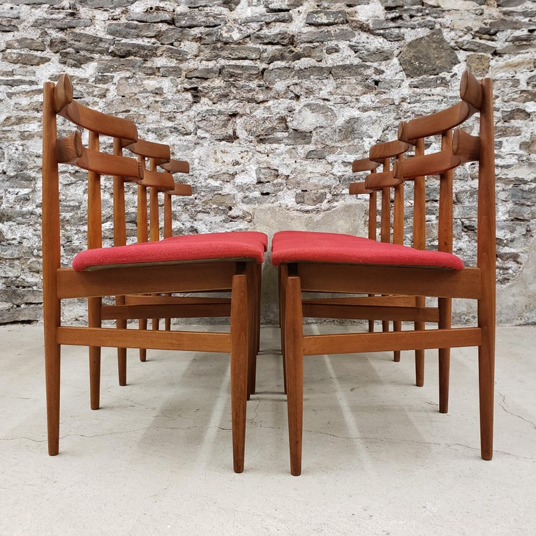 20th Century Set of 6 Poul Hundevad Model 30 Danish Teak Dining Chairs For Sale