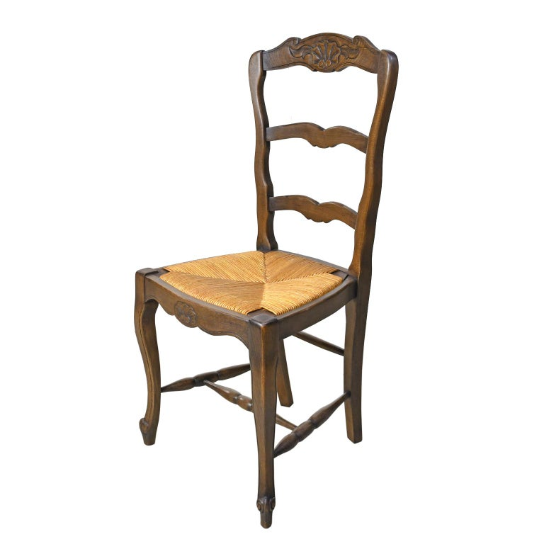 French Provincial Set of 6 Provincial French Ladder Back Chairs, in Walnut Finish, circa 1900-1920 For Sale