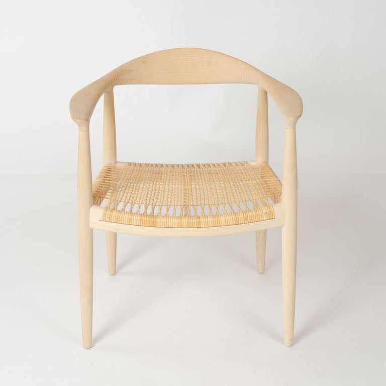 Scandinavian Modern Set of 6 Danish PP501 Round Chairs in Ash by Hans J. Wegner for PP Møbler For Sale