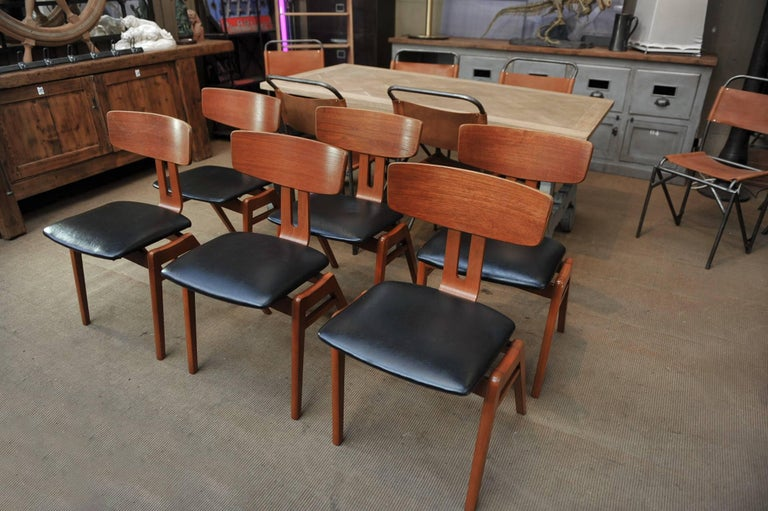 Set of Six Scandinavian Teak Chairs, 1960s In Excellent Condition For Sale In Roubaix, FR