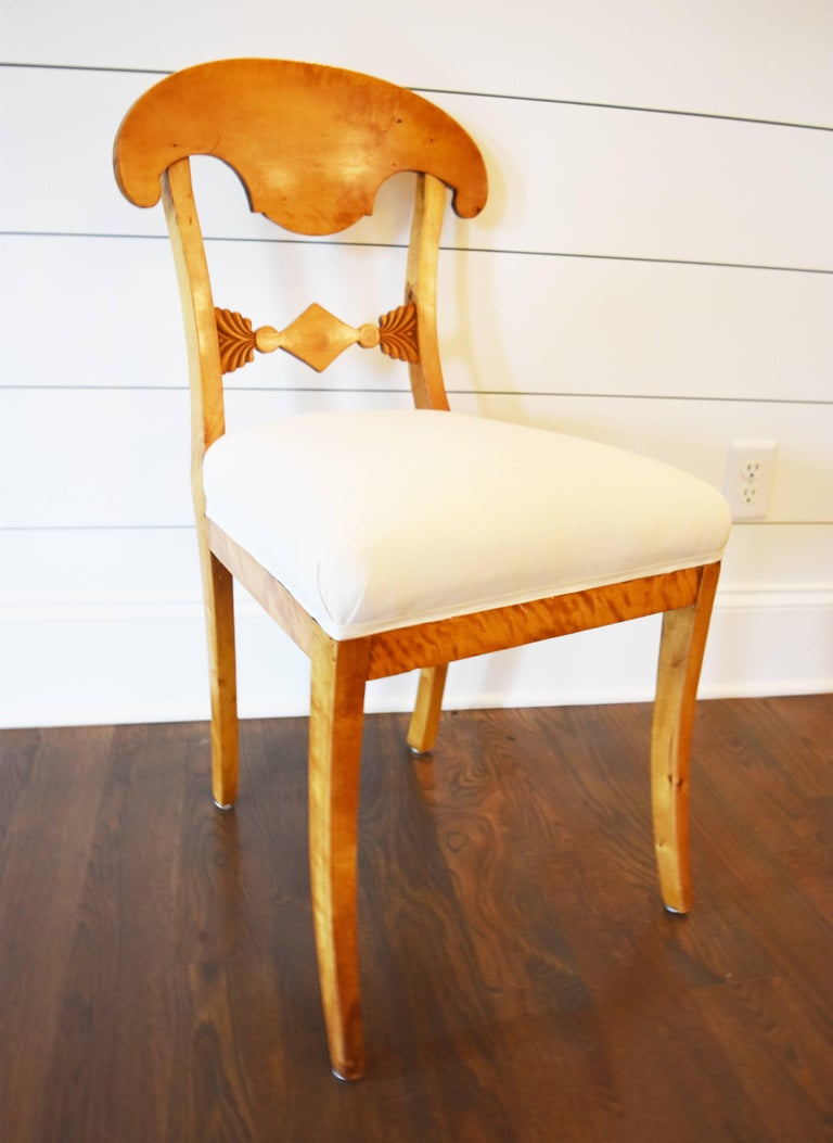 Set of Six Swedish Biedermeier Dining Chairs In Excellent Condition For Sale In Nashville, TN